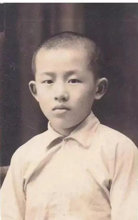 ·崔崑的童年时期