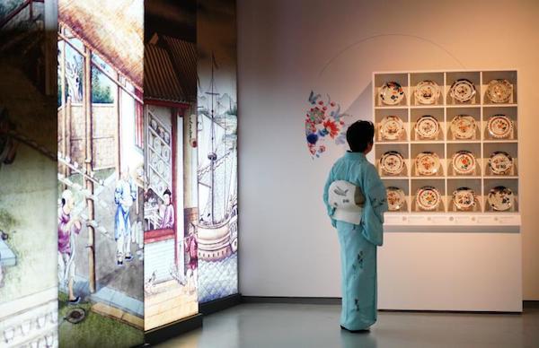 成都博物馆疫后首展伊万里瓷