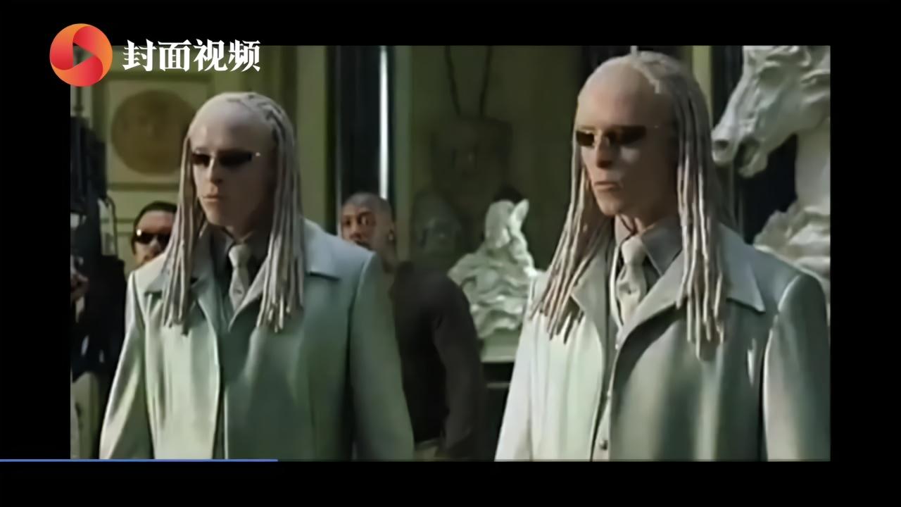 《黑客帝国4》旧金山唐人街热拍 基努·里维斯大胡子造型现身片场