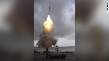 印度成功试射新型反潜武器 号称可从600公里外打击潜艇
