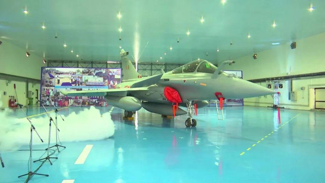 """印度高调列装""""阵风""""战机!然而,买得起,却未必用得起……"""