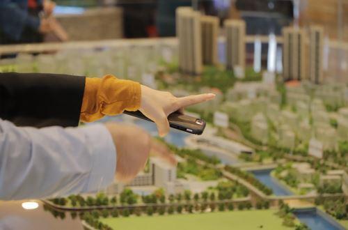 长效机制时代已经到来,未来的楼市政策将表现出调控常态化、手段精准化、方式多样化的特征。-甘俊摄