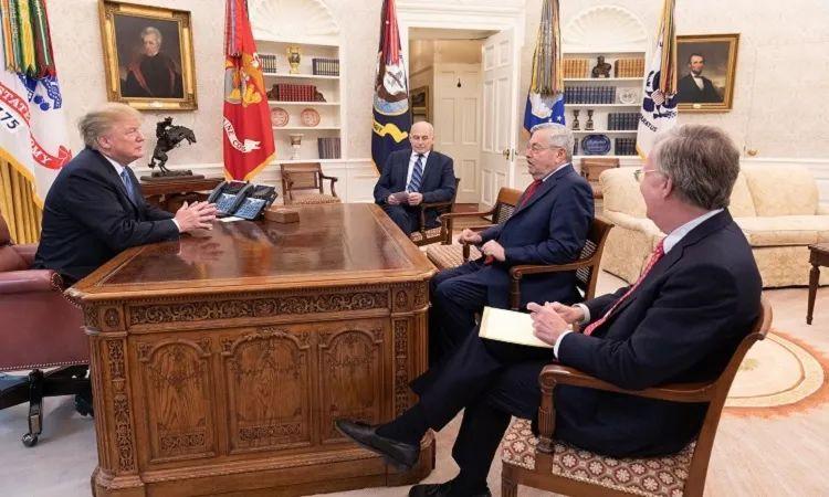 最没存在感的美驻华大使 离任原因果然是特朗普!这3年他忙啥了?