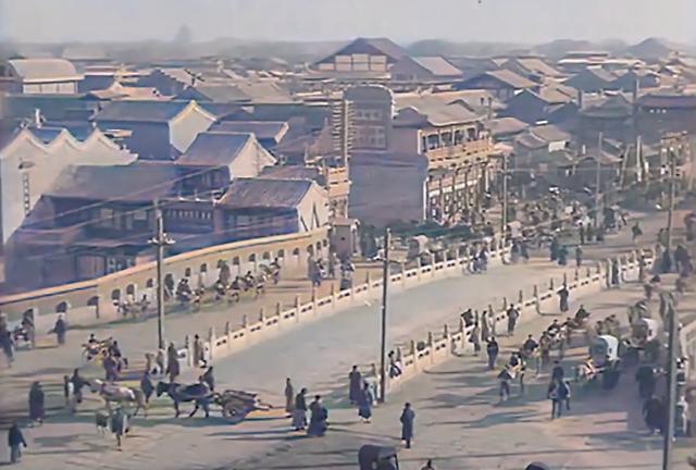 真大神!AI 修复百年前民国北京影像,有内味儿了!