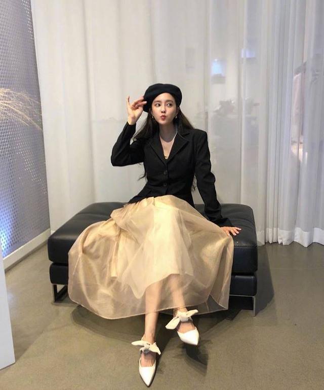 高个子女生穿搭范本,学韩国爱豆朴孝敏这样穿,可甜可酷好时髦