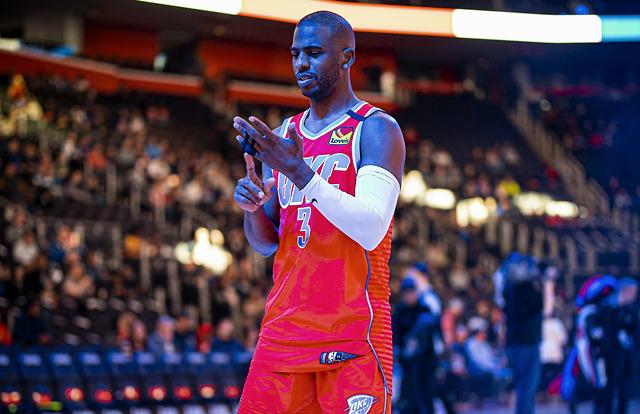 NBA复赛提上日程:球员工会组织詹姆斯等9巨星线上讨论,逾400名球员参与短信调查