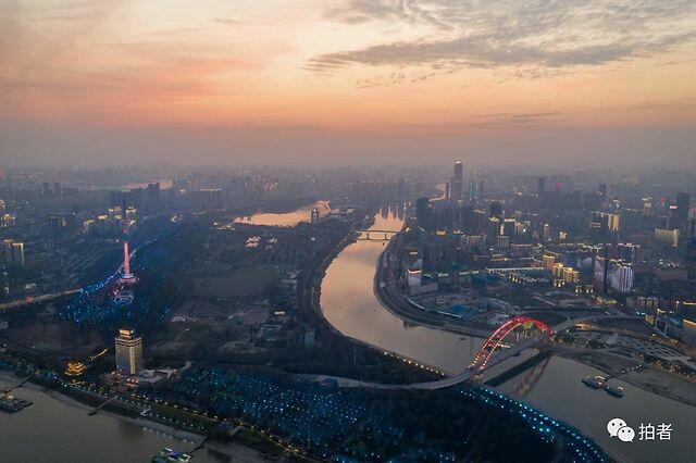 摄影记者的65天武汉记忆:7万照片读懂这座城(图)