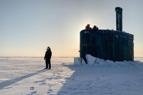 俄媒:俄海军防范北约北极部署常态化 称必要时将摧毁水下目标