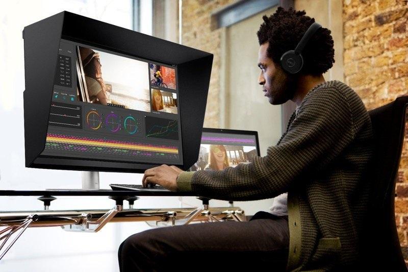 2020年10月7日,戴尔推出三款 UltraSharp 显示器,主打专业视觉设计