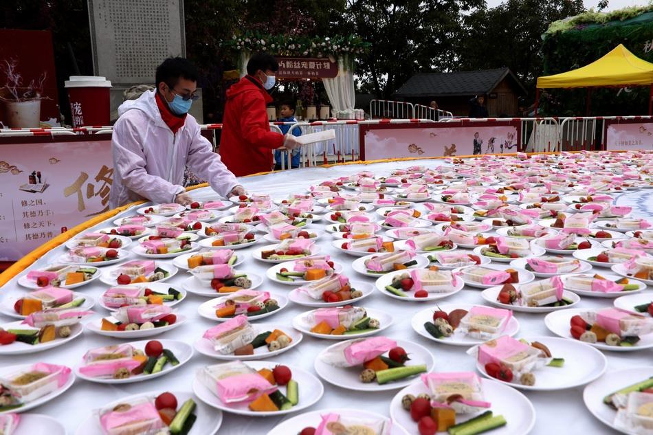 【清风算法】_河南一5A景区连续四年推出无人值守一元午餐,收入不少反多