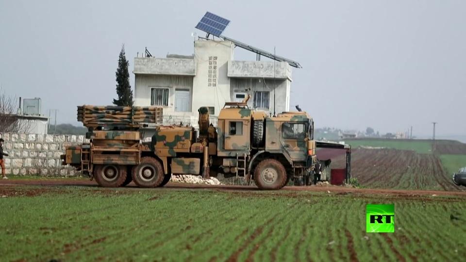 3辆土耳其装甲车被打爆!叙军扛住极端武装大反击