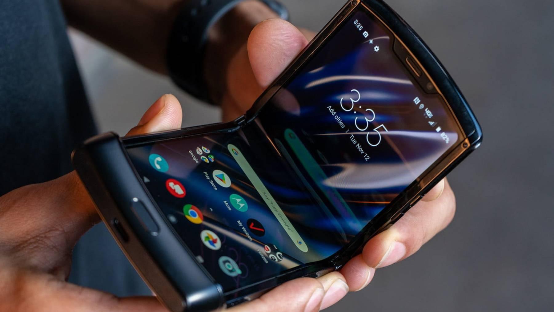 折叠屏手机又被骂惨了,为什么卖得贵还做不好?