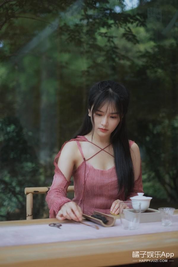 还记得古早网红南笙吗?她的脸怎么整成这样了