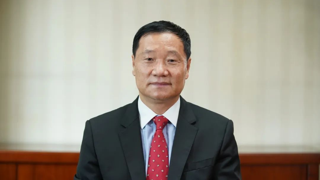 【南京速必得】_肖钢:中国从没像今天这样需要资本市场 蓝筹率先试点T+0风险可控