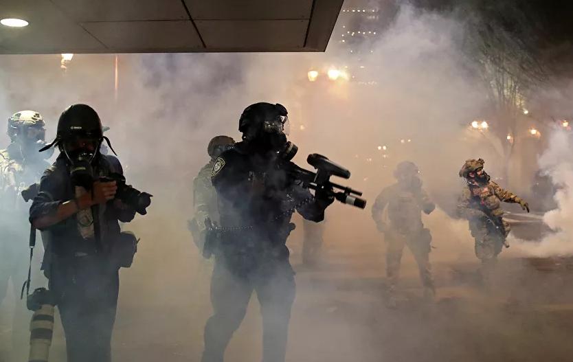 """【www 百度】_美国城市周末再成战场 特朗普斥示威者是""""恨国者"""""""
