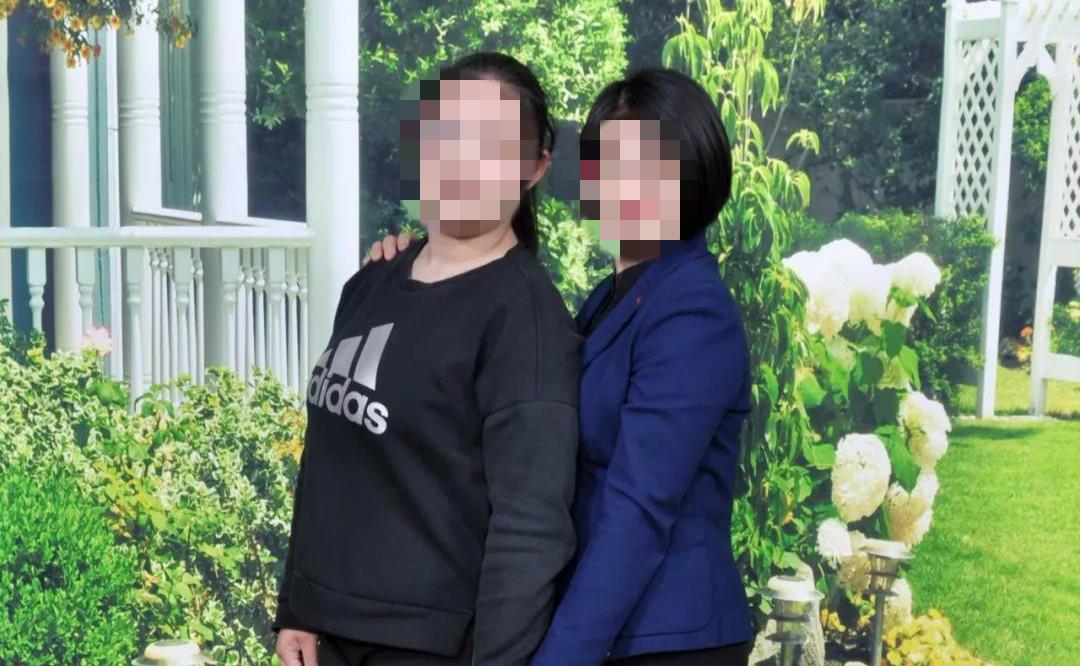 【企业网站推广方法】_青岛女律师疑被女儿勒死 亲属称其脖颈有勒痕,向老人隐瞒死因