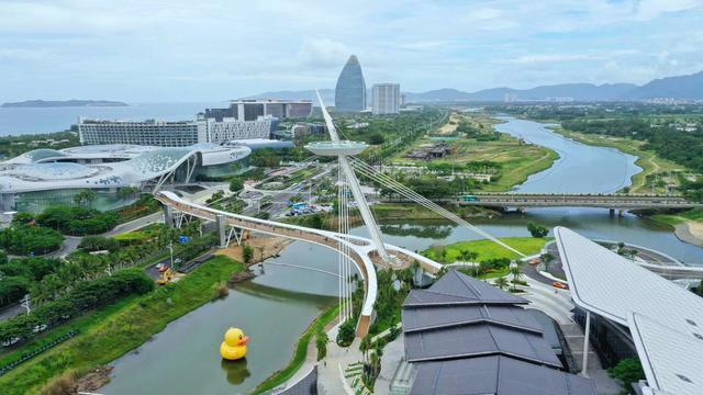 三亚国际免税城迎六岁生日一期二期双城同庆