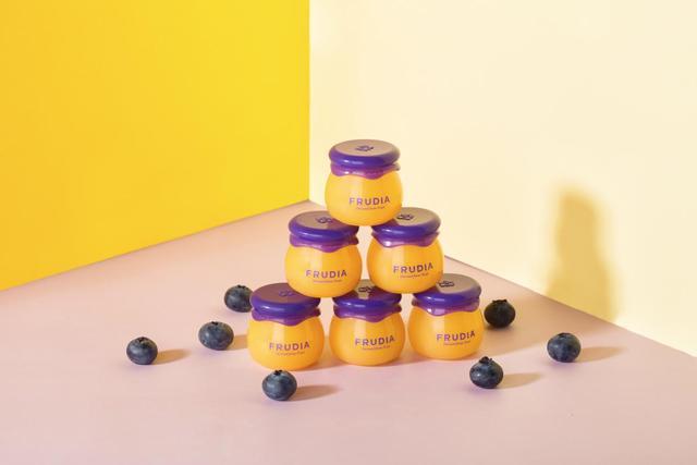 FRUDIA蓝莓蜂蜜润唇膏百人团满意度97%有何魔力?