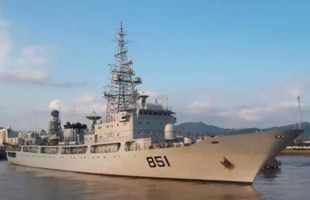 【资料图:解放军电子侦察船】