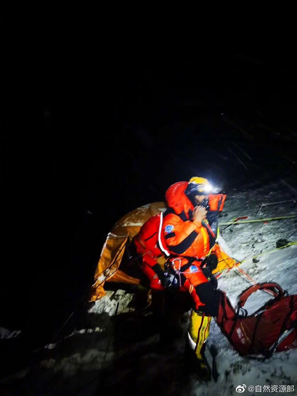 【liquid】_珠峰测量登山队出发攻顶 预计27日10-11点间登顶