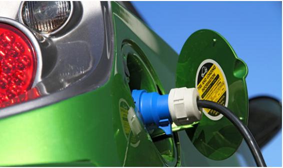 EV Battery Tech利用人工智能方法开发电池管理技术