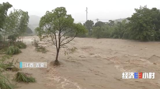 """【快猫网址外链推广】_紧急!河堤垮塌、房屋成""""孤岛""""!超1.6万人受灾!生死营救,正在上演"""