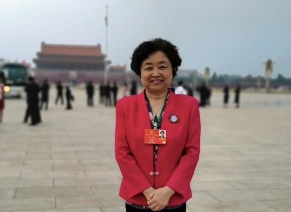 【cobo】_孙伟代表:鼓励公民适龄结婚生育 禁止单身女性冷冻卵子