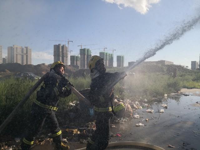 【网络营销高手】_有飞机坠毁在乌兰察布市?谣言!系工地彩钢房着火