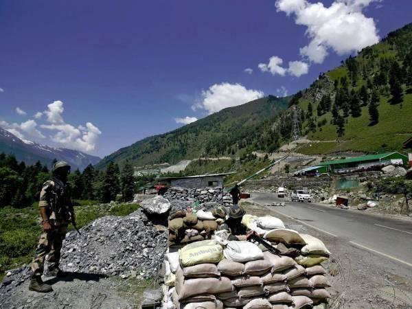 【网奇快猫网址培训】_东线也不安宁!印度在伪阿鲁纳恰尔邦急修边境军用公路