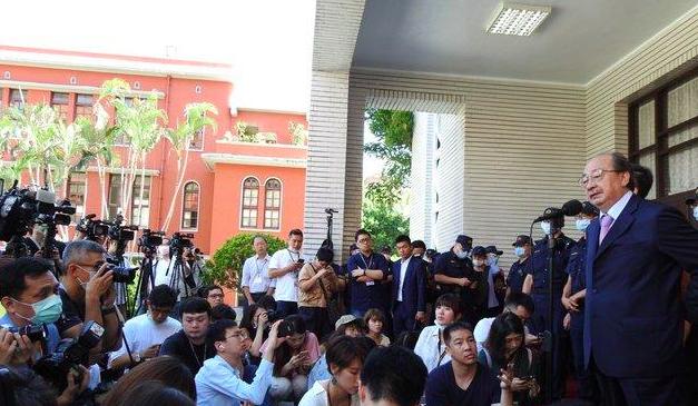 国民党为何此时突袭攻占议场,反对陈菊掌监察机构?
