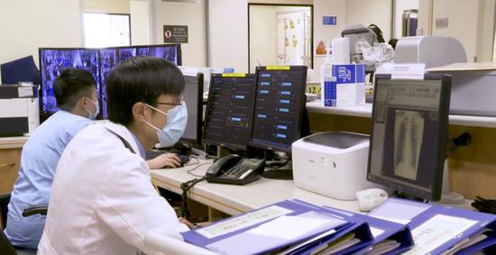 """【苹果人人香蕉在线视频免费】_已经到港!广东核酸检测""""先遣队""""7名队员将开始工作"""