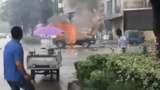 宿州越野车爆炸案终审宣判:2人死缓