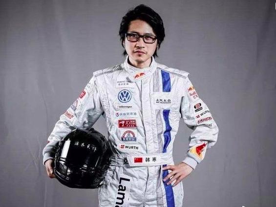 【360加速球怎么关闭】_网传韩寒赛车出意外事故?疑似现场摄影师被撞
