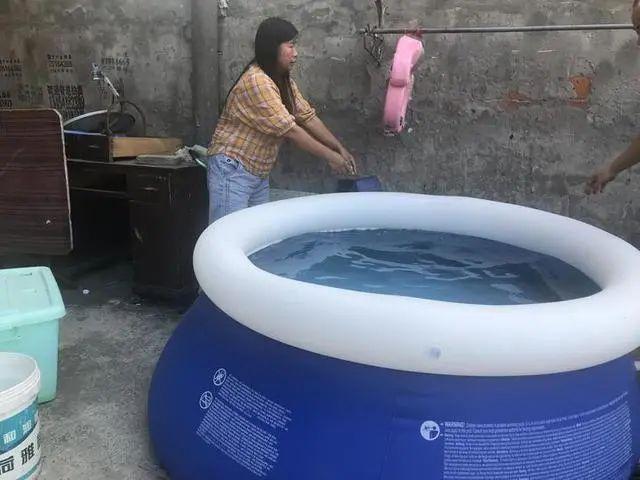 梦茹的游泳池
