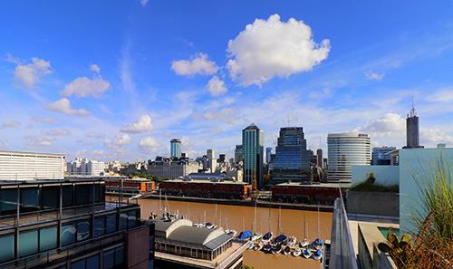 2020年5月23日,阿根廷首都布宜诺斯艾利斯市中央商务区。