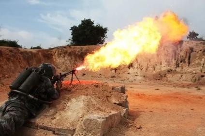 步兵最怕的东西:反步兵地雷、火焰喷射器、温压弹、白磷弹