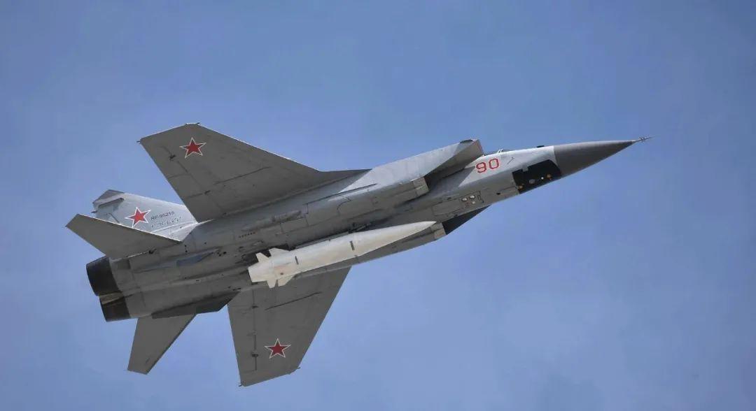 俄罗斯研制第六代战机 定位在天空一体战机