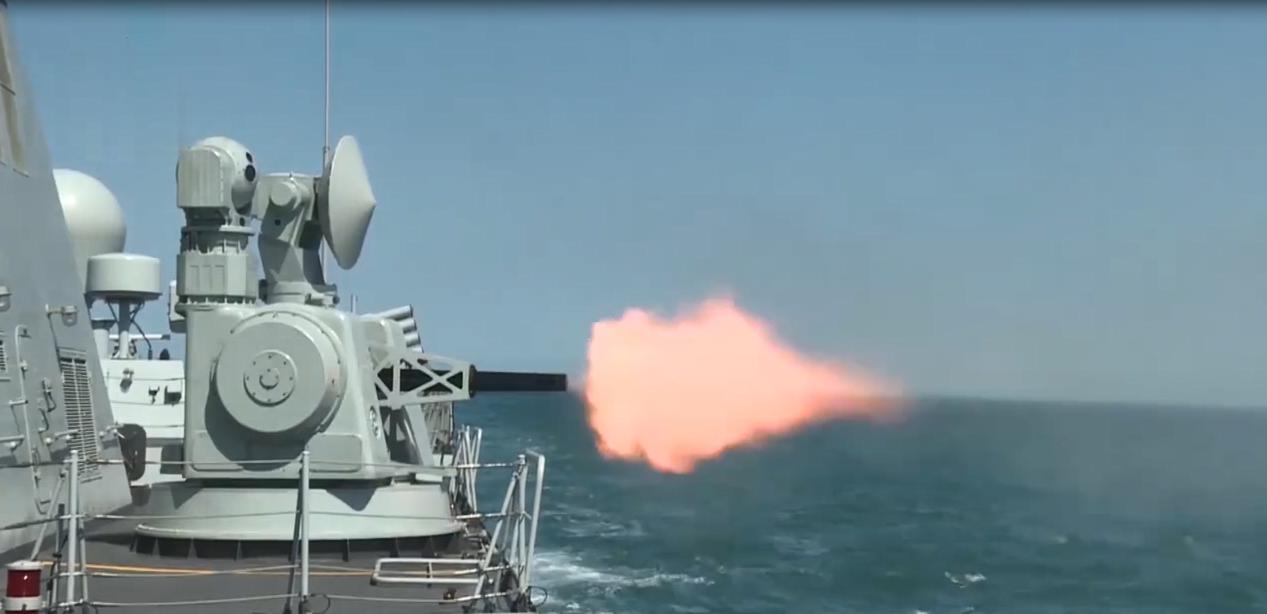 火力全开!直击东部战区驱逐舰支队实弹训练
