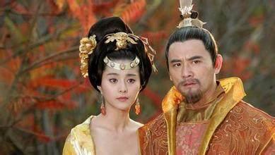 图注:影视剧中的唐玄宗和杨贵妃