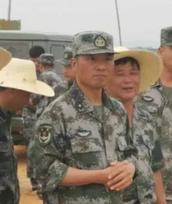 【久久热在线站长论坛】_少将顾中已任第73集团军副军长