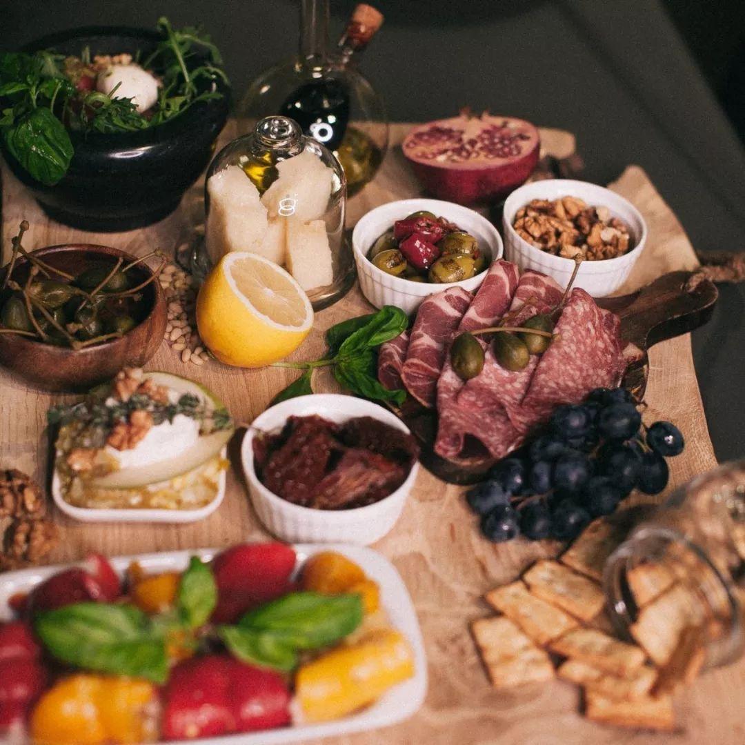 晚餐决定你的体形,吃好晚餐,向健康看齐 生活头条 第1张