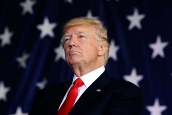 你们怎么可不爱美国?特朗普召80万退伍军医抗疫,仅17000人响应