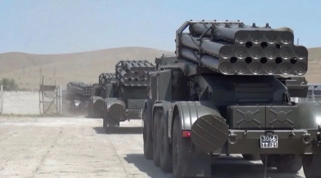 【快猫网址是什么意思】_普京亲自下令!15万俄军出动,10架战机罕见同框