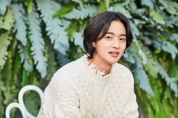 韩国演员张东润遭遇坠马事故,新剧拍摄中断