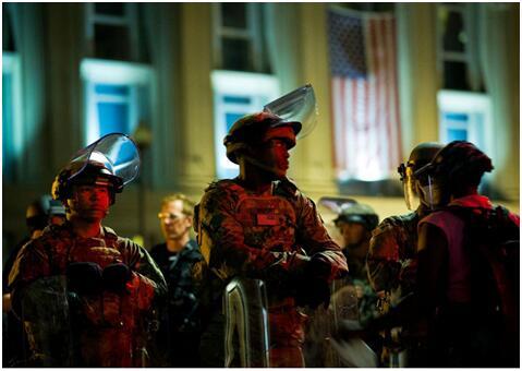 (南卡罗来纳州国民警卫队在华盛顿特区的拉斐特广场执法)