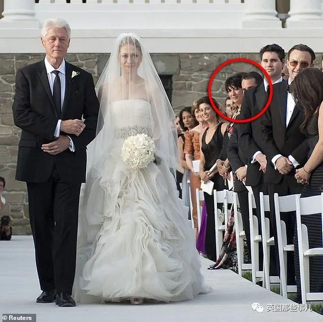 """切尔西克林顿婚礼_爱泼斯坦""""妈妈桑""""手握各种大人物关键证据!网友开始担心她 ..."""