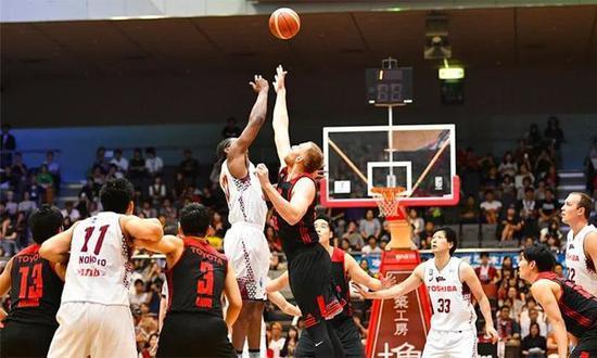 官方:日本首位职业篮球运动员确诊感染新冠病毒