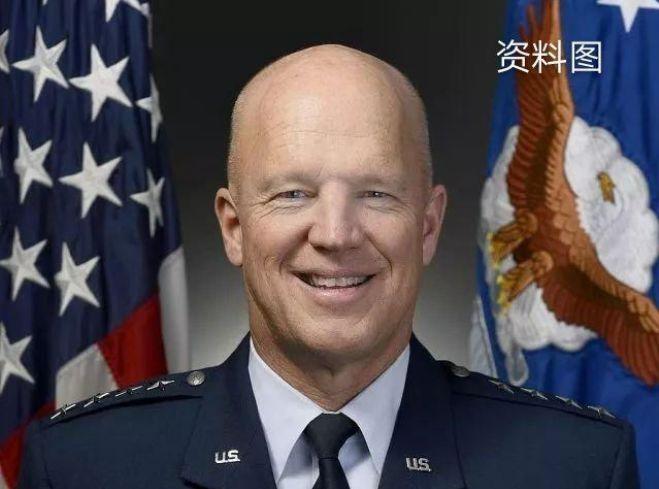 美國新成立的太空軍迎來履曆罕見的上將司令(圖)