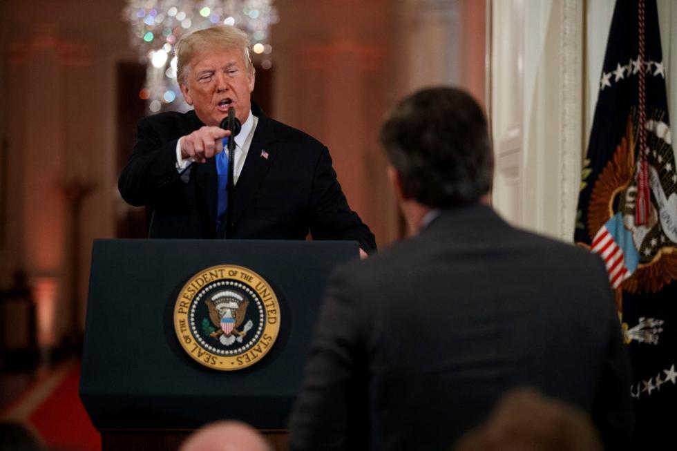 特朗普在印度召开记者会,期间却与一名美媒记者起了争执
