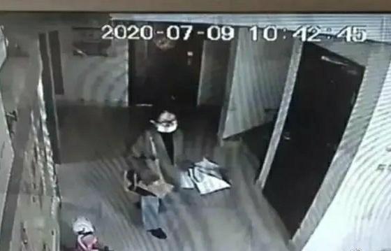 7月9日,李某月从家中离开后失联。